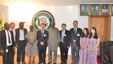 Courtesy-visit-to-the-Executive-Governor-of-ogun-state-Sen.-Ibikunle-Amosun-with-Business-Partners.jpeg